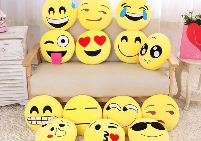 coussin-emoji-smiley